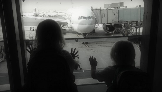 Planning Flights with Kids | OurGlobetrotters.Net