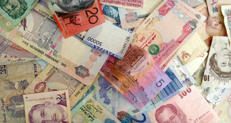 Foreign Currency - Expat Money Matters | Our Globetrotters