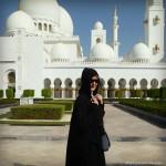 mosque abaya