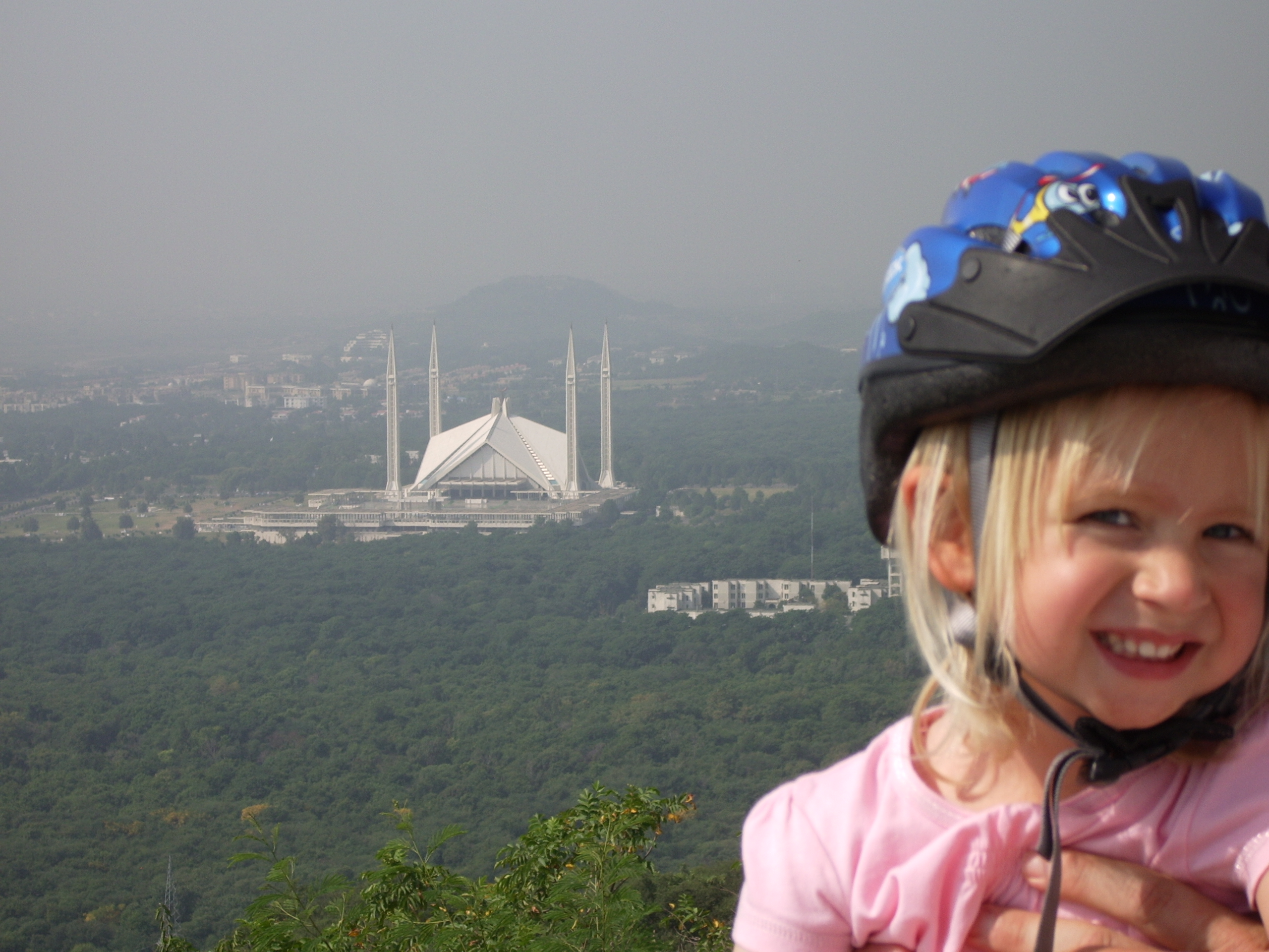 Expat Parenting in Islamabad | OurGlobetrotters.Net