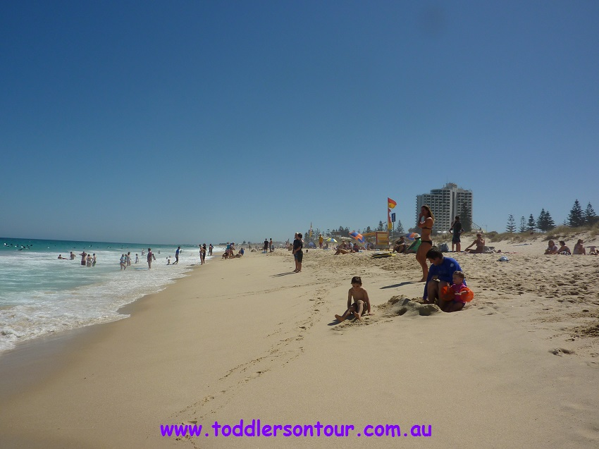 Perth beaches - Brighton beach | Perth with Kids | Explore My City | OurGlobetrotters.Net