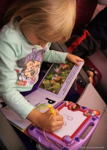 Kidgoz Entertainment Packs to keep toddlers amused on a long flight | Travel Advice | OurGlobetrotters.Net