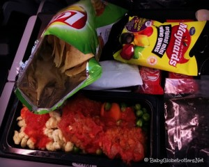 Qatar Airways Lunch DOH-CPT | Family Friendly Airline Review | OurGlobetrotters.Net