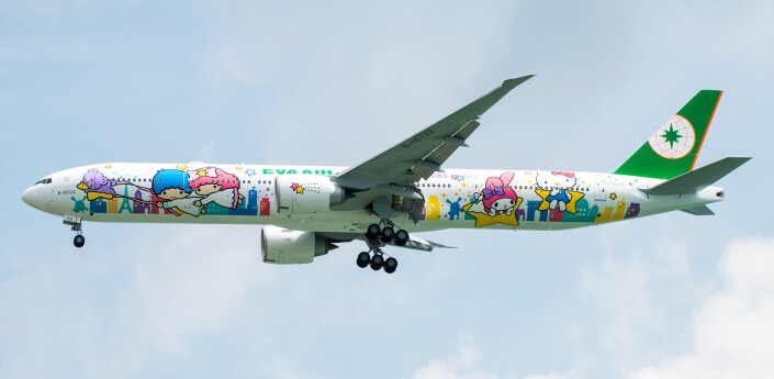 Hello Kitty Jet | Family Flying Airline Review EVA Air | Our Globetrotters.Net