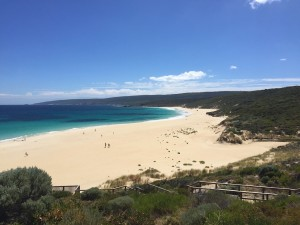 Smiths-Beach-Margaret-River | 8 Best Beaches for Family Travel | OurGlobetrotters.Net