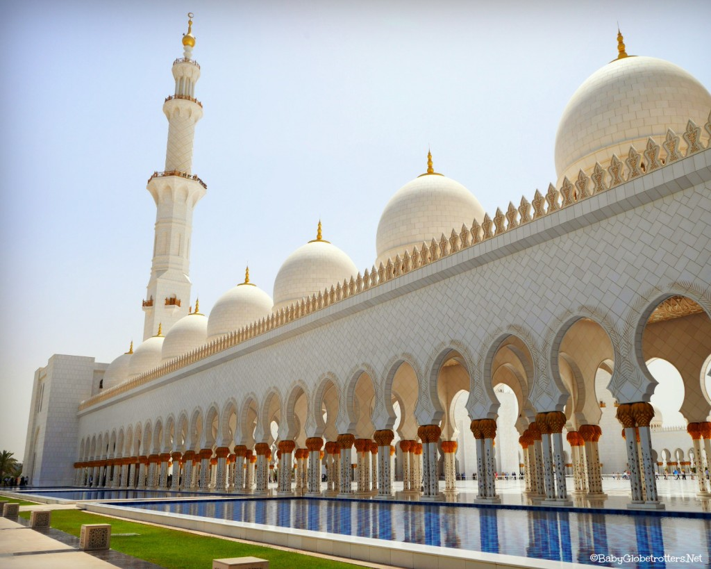 Visiting the Sheikh Zayed Grand Mosque in Abu Dhabi with Kids | OurGlobetrotters.Net