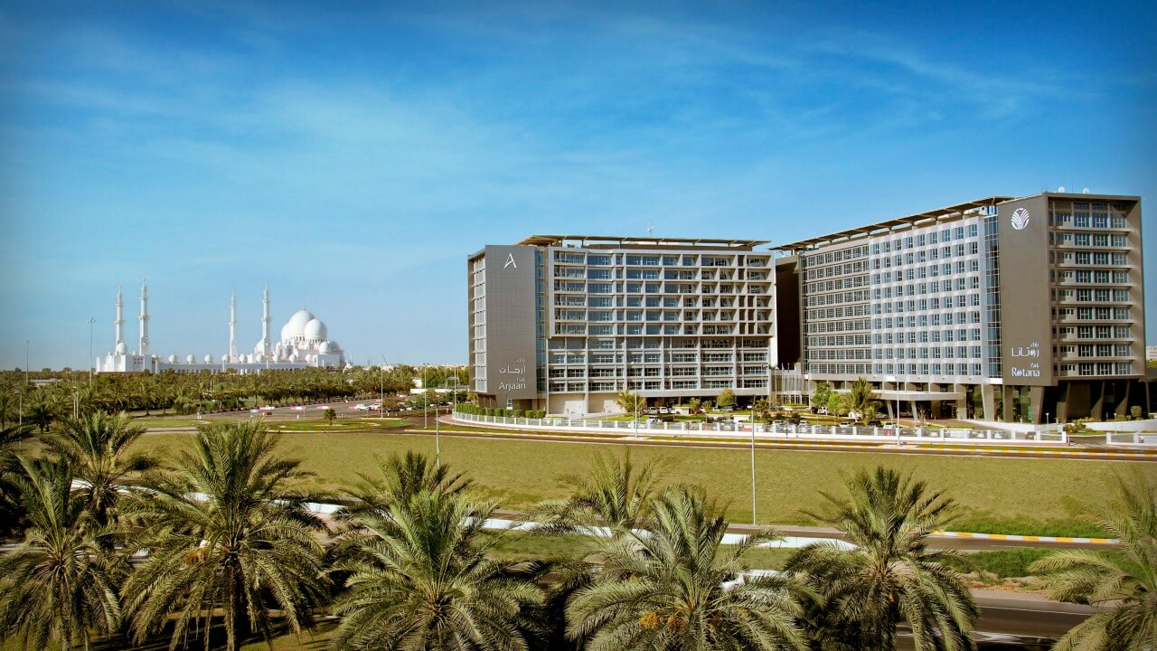 Park Rotana Abu Dhabi Family Review | Discover the UAE | OurGlobetrotters.Com