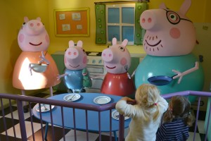 8 Best Theme Parks for Family Travel ~ Peppa Pig' World | Family Travel Destinations | OurGlobetrotters.Net