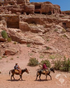 Meeting the Bedouin people of Jordan - Best educational family travel experiences | OurGlobetrotters.Net