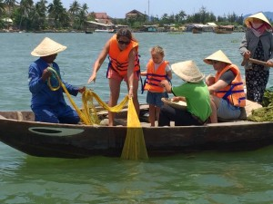 Hoi AN Fishing Tour Best educational travel experiences | OurGlobetrotters.Net