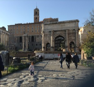 Roman Forum with Kids - Best educational family travel experiences | OurGlobetrotters.Net