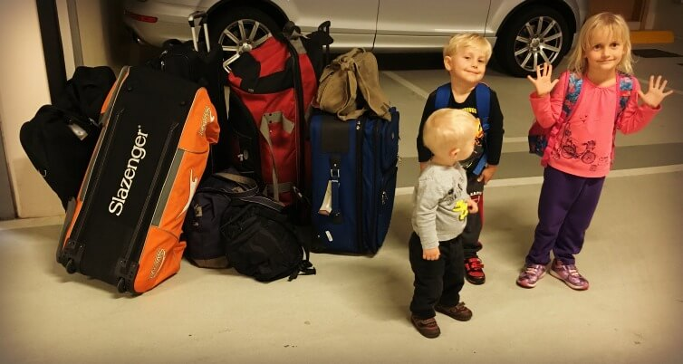 Family Travel Packing Advice |OurGlobetrotters.Com