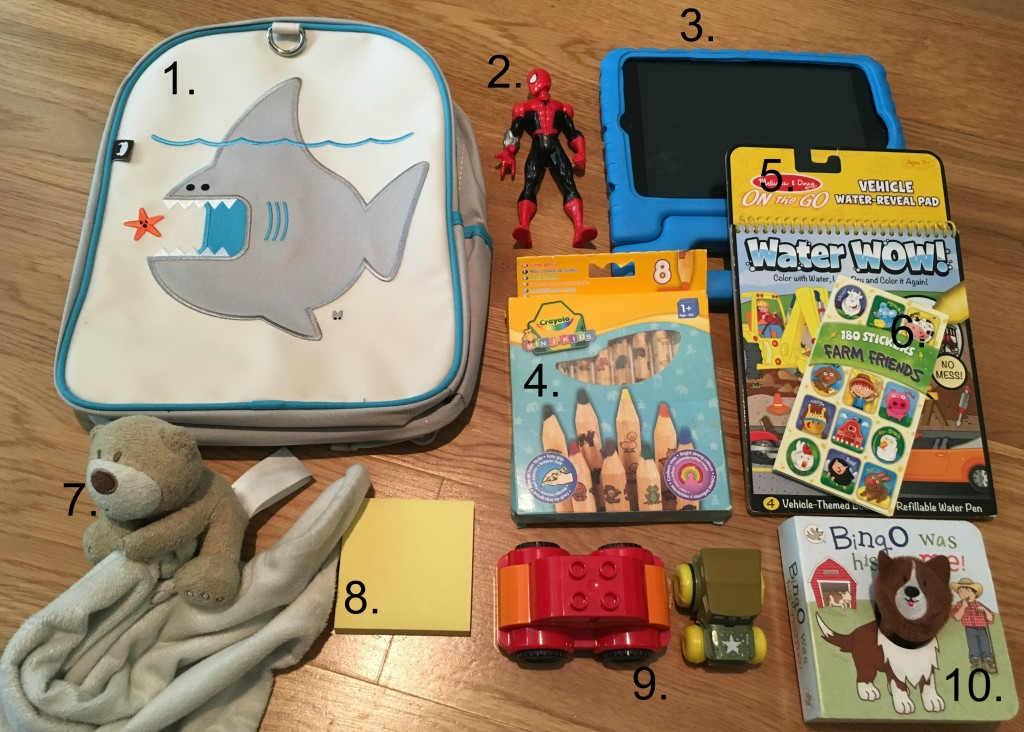 A detailed description of items to take on a plane for toddlers | OurGlobetrotters.Net