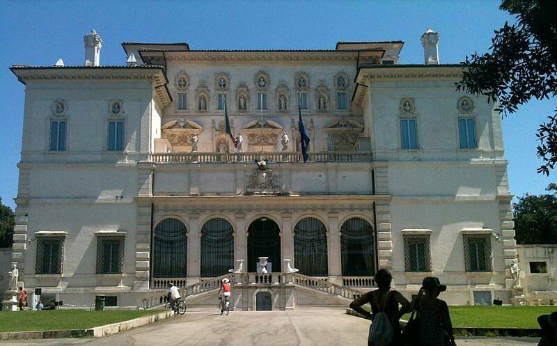 Villa Borghese Rome - a good area to stay when visiting Rome with a Baby   OurGlobetrotters