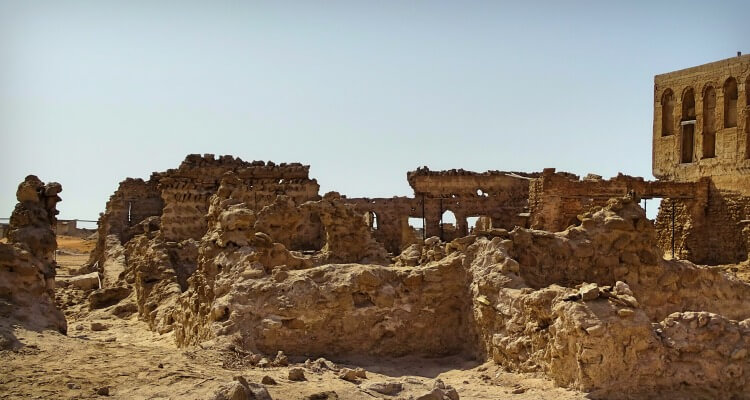 Finding culture in the UAE - Jazirat al Hamra Ghost Town