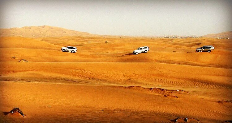 Liwa Desert Safari - great way to experience the empty quarter | Live like the stars