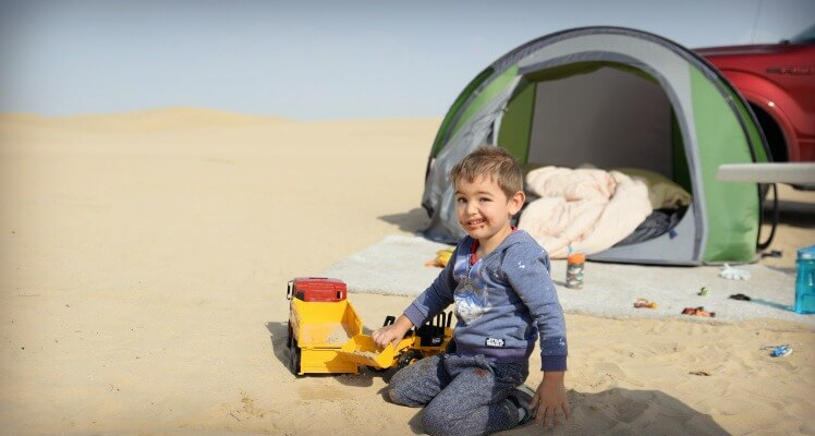 caping at Al Qudra Lakes Dubai with a toddler | Globetrotters guide to camping in the UAE