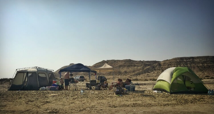 Desert camping in the UAE | The ultimateg uide for planning a camping trip with kids in the UAE & Oman