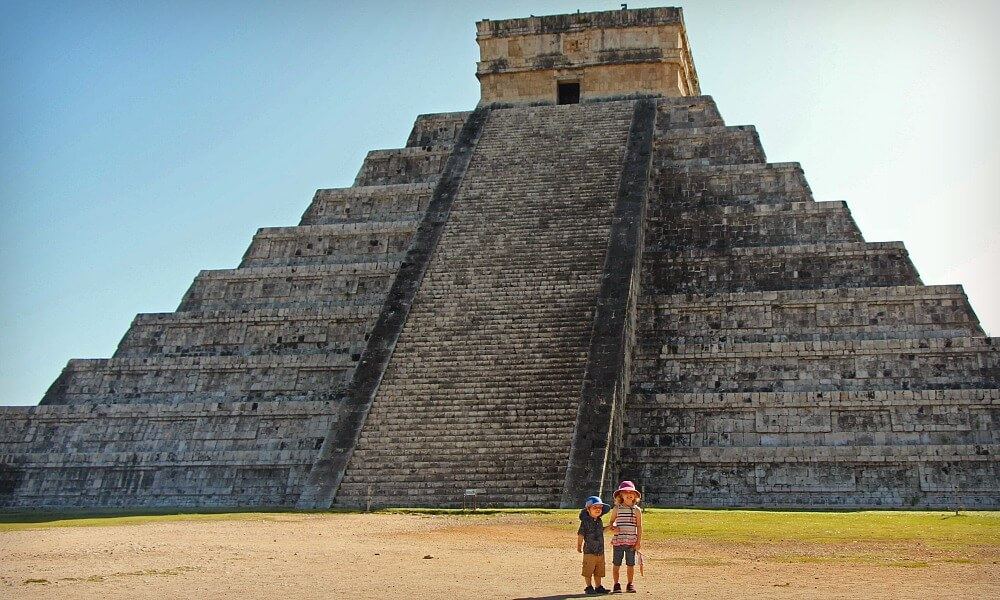 Chichen Itzá Mexico Modern Wonder of the World with Kids | Our Globetrotters