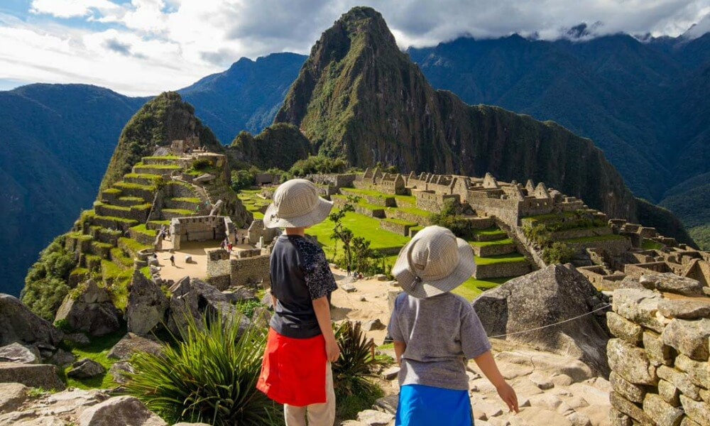 Machu Picchu with Kids | Our Globetrotters 7 Modern Wonders of the World